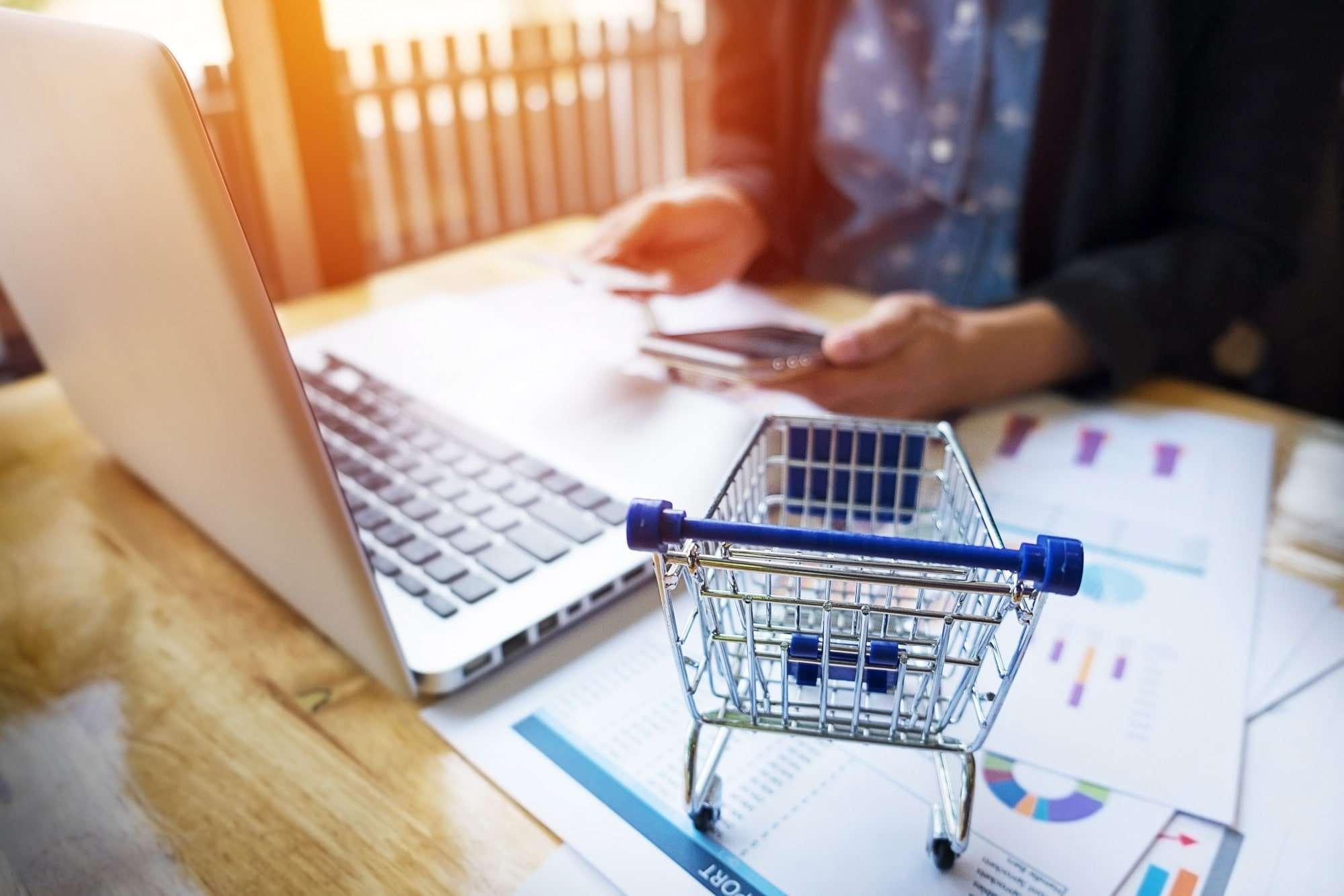 Sprzedaż online: jak promować produkty i zarabiać na e-commerce?