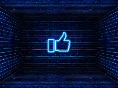 kciuk z facebooka